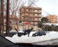 sneeuw-langs-de-weg-titel